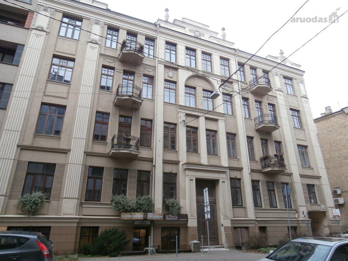 Vilnius, Senamiestis, Teatro g., 3 kambarių butas