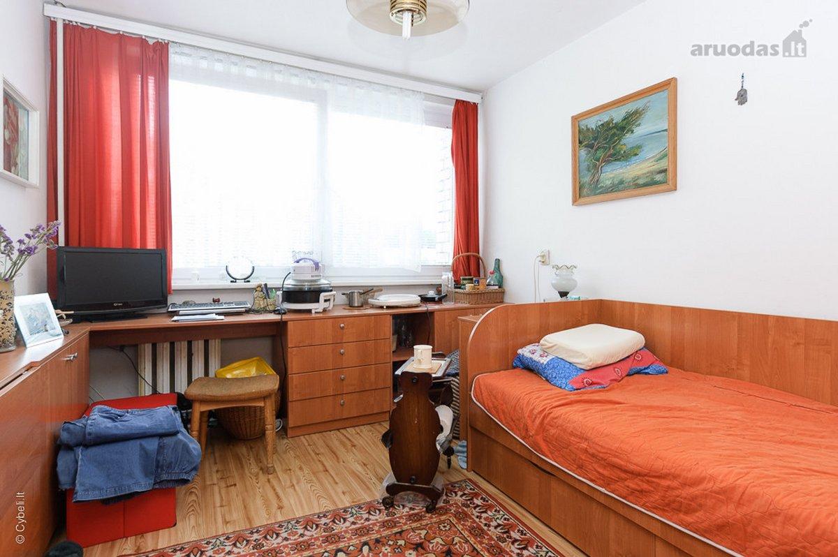 Vilnius, Antakalnis, Nemenčinės pl., 1 kambario butas