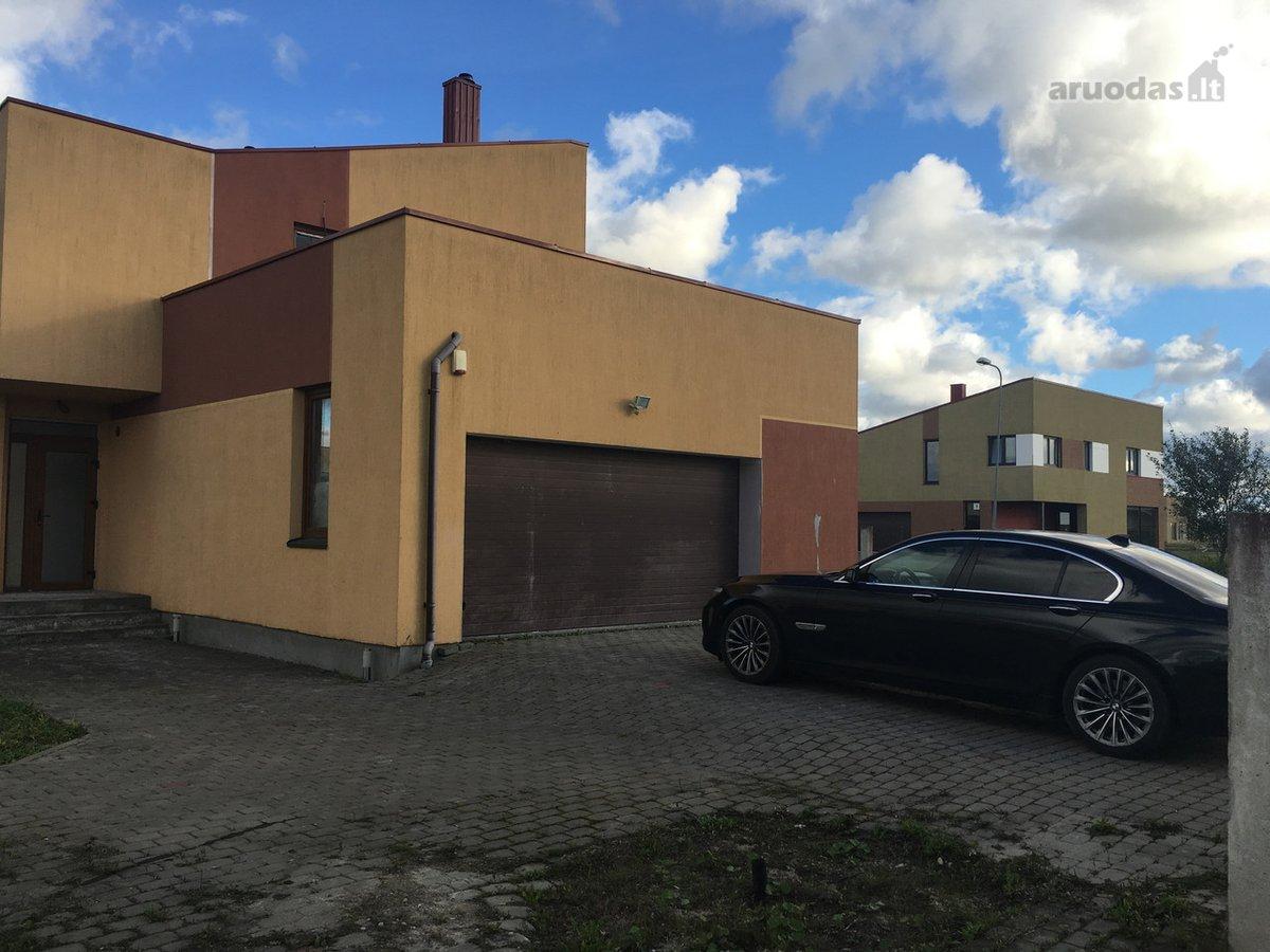 Klaipėdos r. sav., Lelių k., Paugų g., blokinis namas