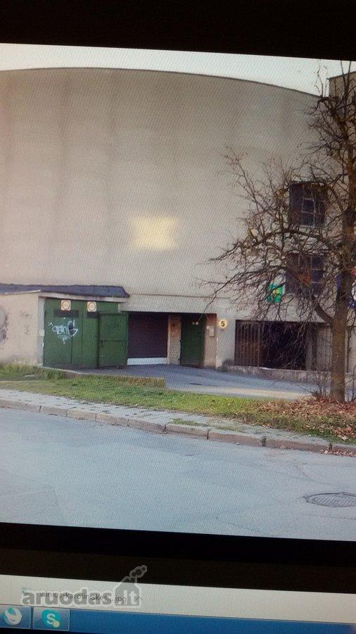 Vilnius, Karoliniškės, Vytauto Vaitkaus g., daugiaaukštis garažas