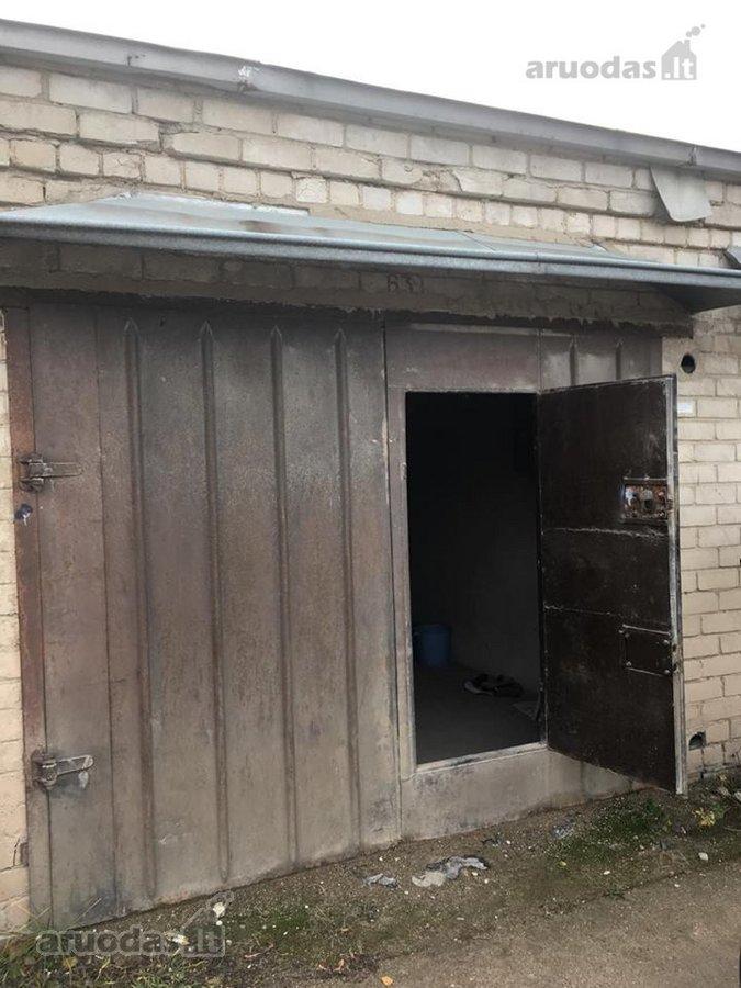 Kaunas, Dainava, V. Krėvės pr., mūrinis garažas