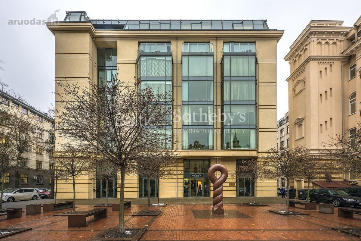 Vilnius, Senamiestis, A. Jakšto g., 3 kambarių butas