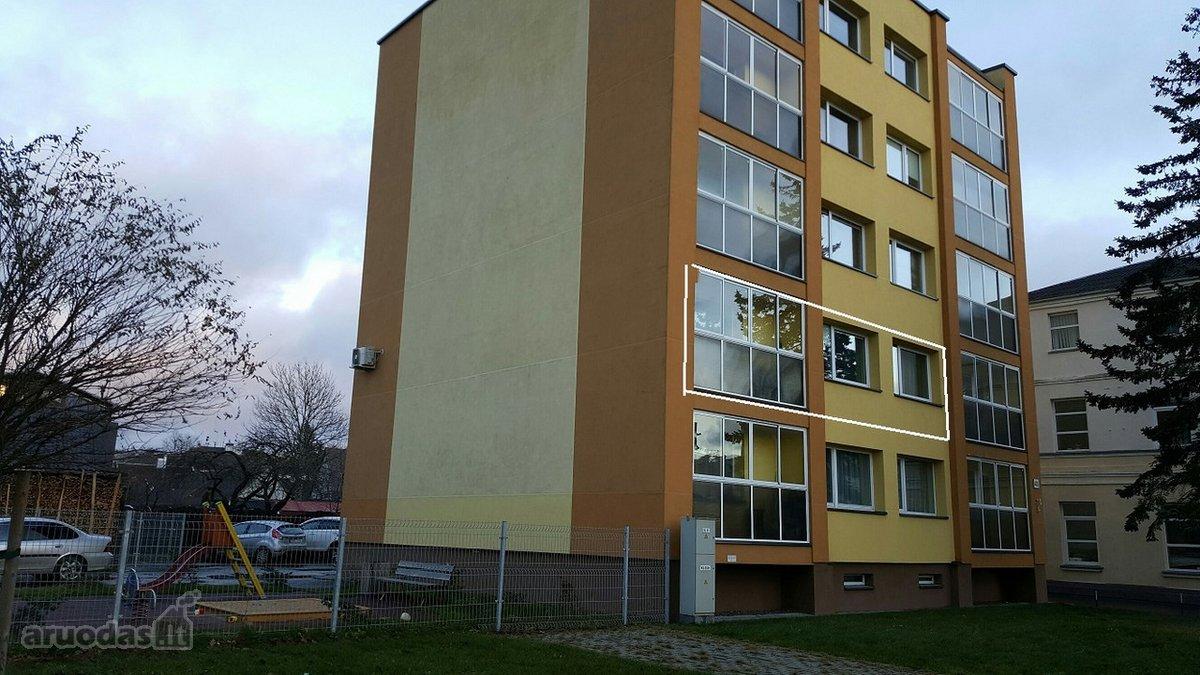 Mažeikių r. sav., Mažeikių m., Laisvės g., 3 kambarių butas