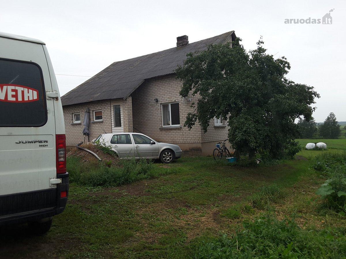 Alytaus r. sav., Ąžuolinių k., Malūno g., mūrinis namas