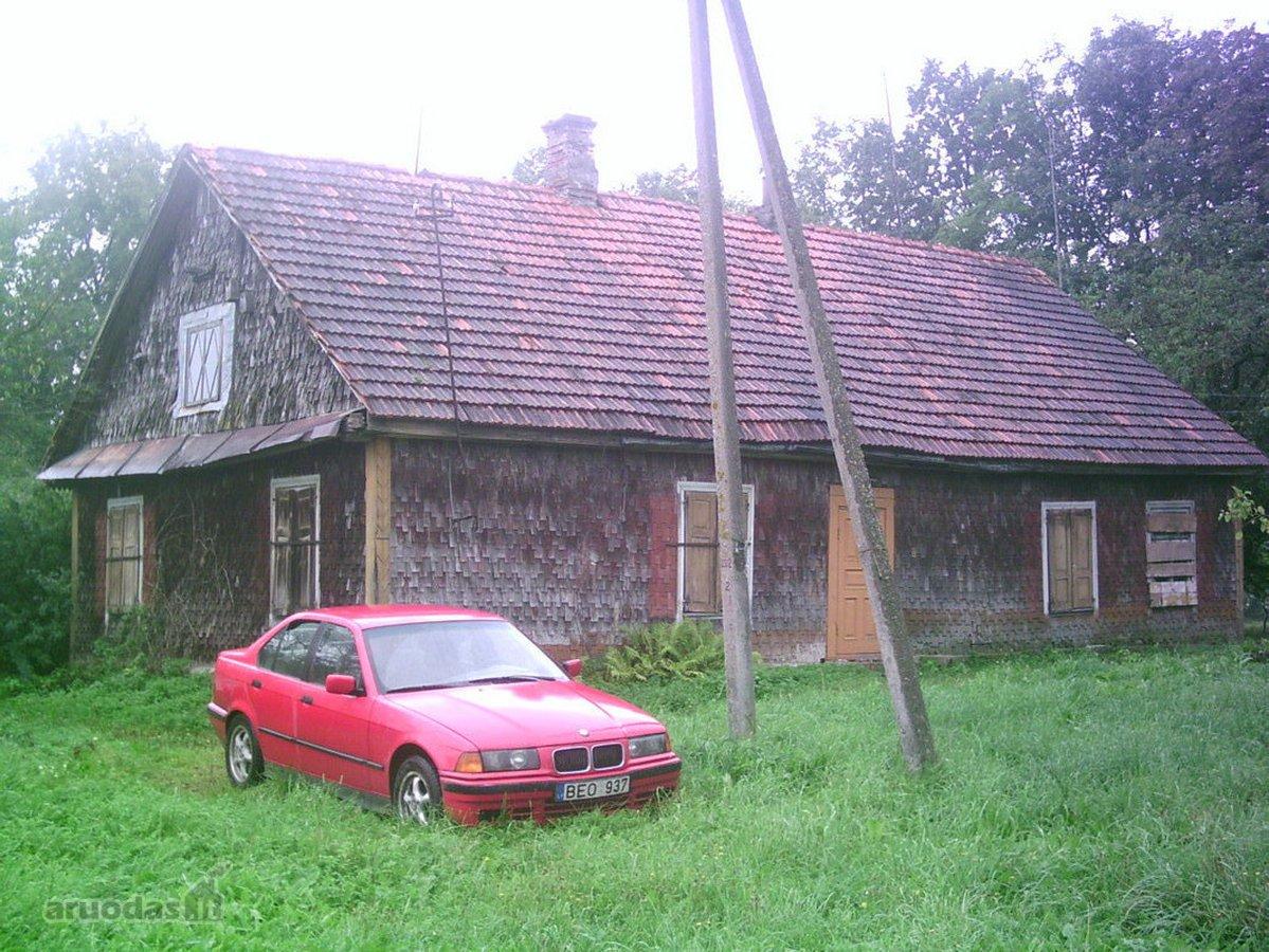 Biržų r. sav., Apaščios k., rąstinė sodyba