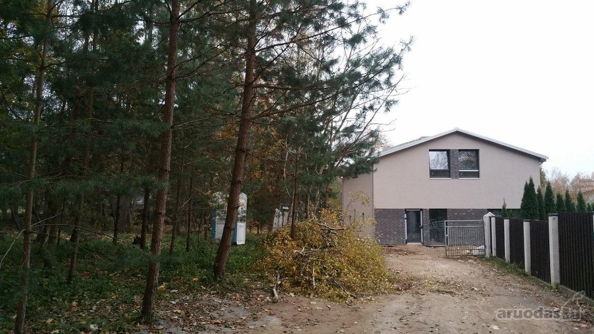 Vilnius, Lazdynėliai, Lūkesčių g., 4 kambarių butas