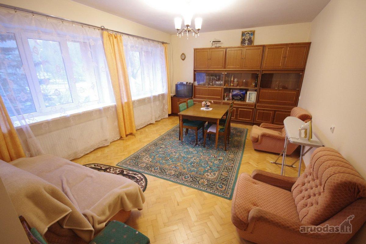 Vilnius, Pavilnys, Stepono Batoro g., mūrinio namo dalis nuomai