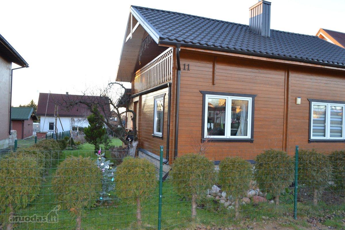 Kretingos m., Saulėgrąžų g., medinis sodo namas