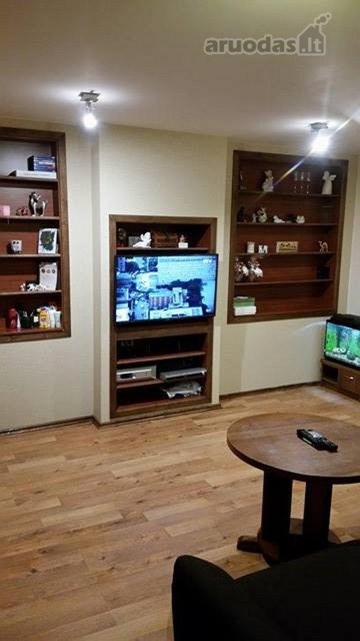 Akmenės r. sav., Naujosios Akmenės m., V. Kudirkos g., 2 kambarių butas