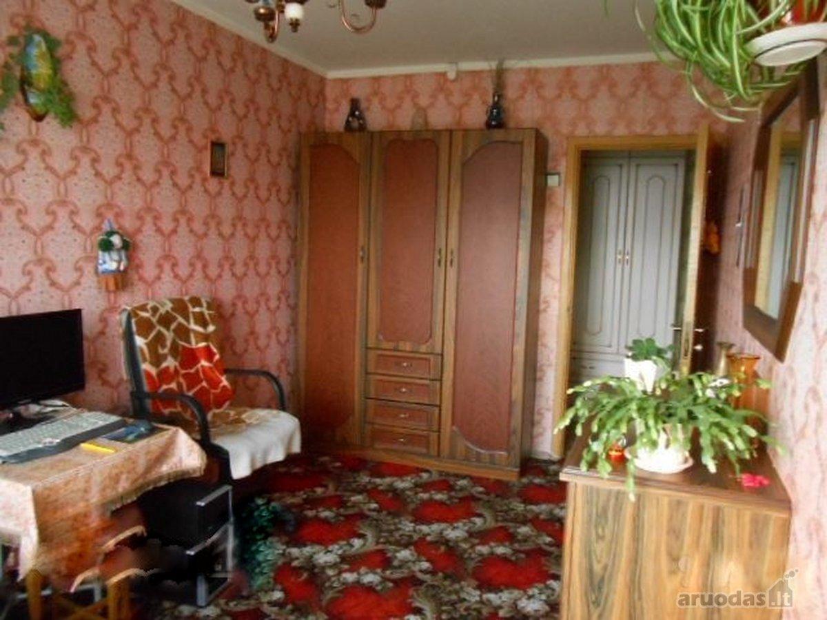 Vilnius, Naujininkai, Dariaus ir Girėno g., 4 kambarių butas