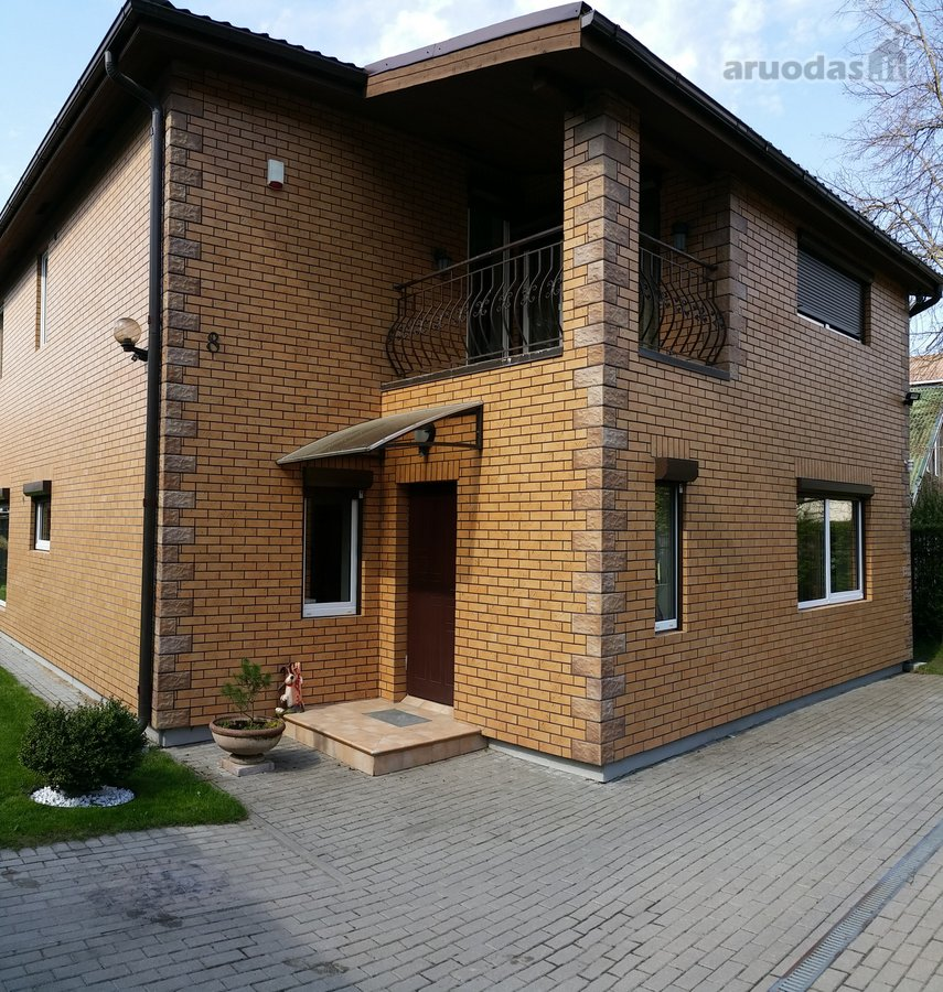 Vilnius, Antakalnis, Smėlynės Sodų 3-ioji g., mūrinis namas nuomai