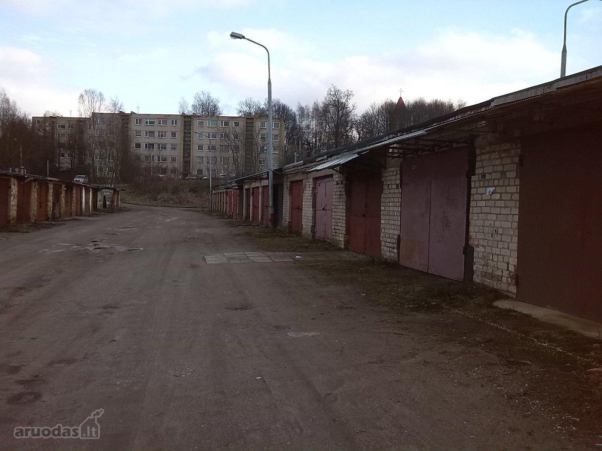 Vilnius, Naujoji Vilnia, Pergalės g., mūrinis garažas