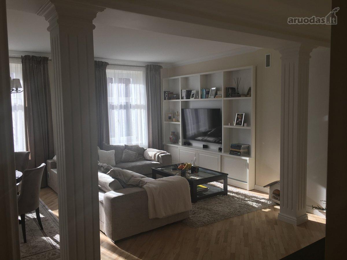 Klaipėda, Centras, J. Karoso g., 3 kambarių butas