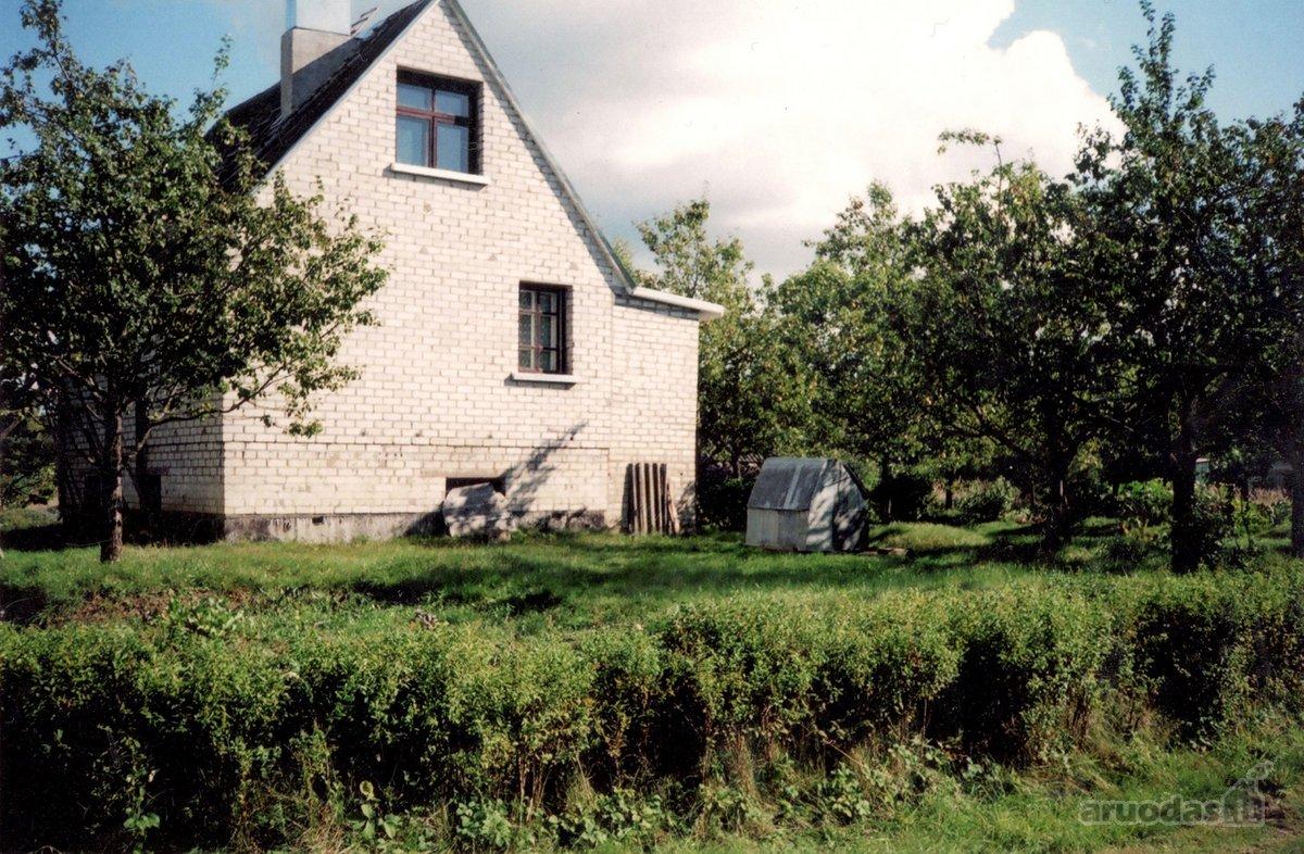 Kauno r. sav., Kuro k., Aviacijos g., mūrinis sodo namas