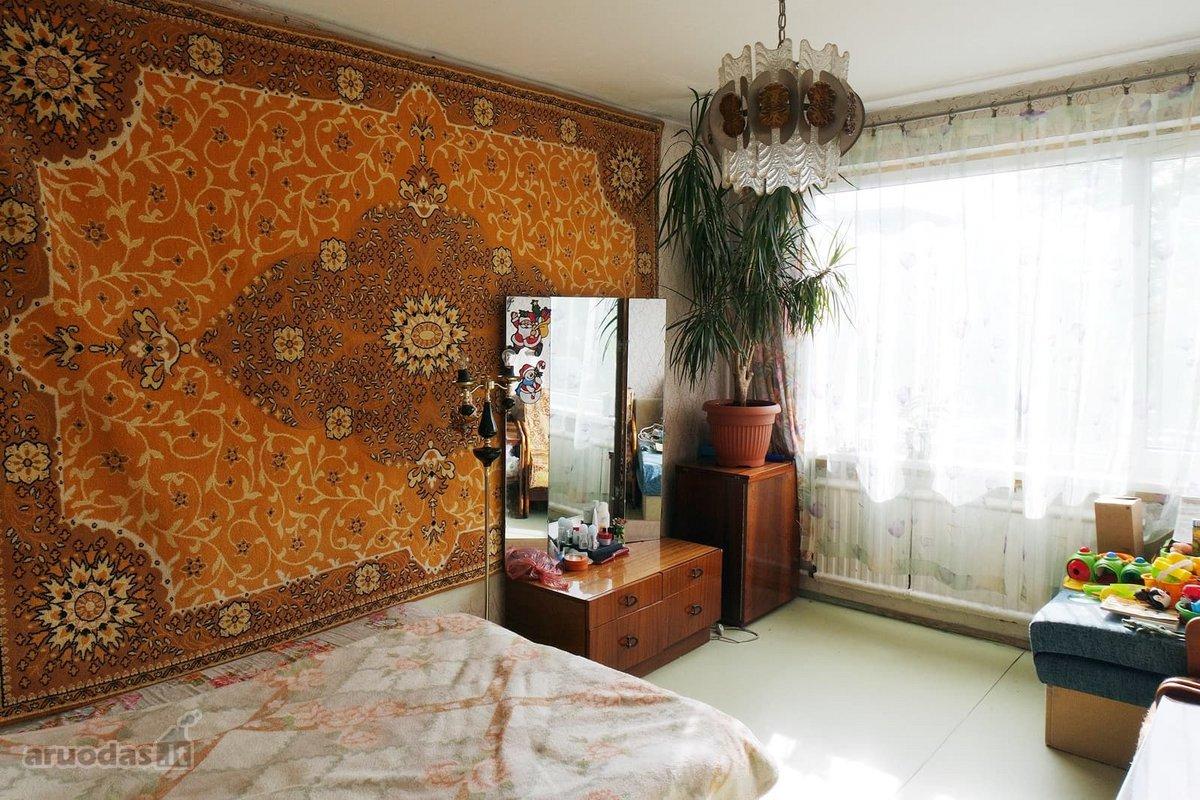 Vilnius, Karoliniškės, Laisvės pr., 3 kambarių butas