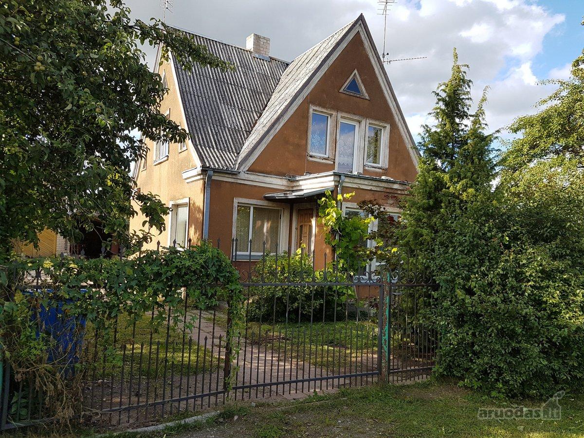 Ukmergės m., A. Vienuolio-Žukausko g., mūrinis namas
