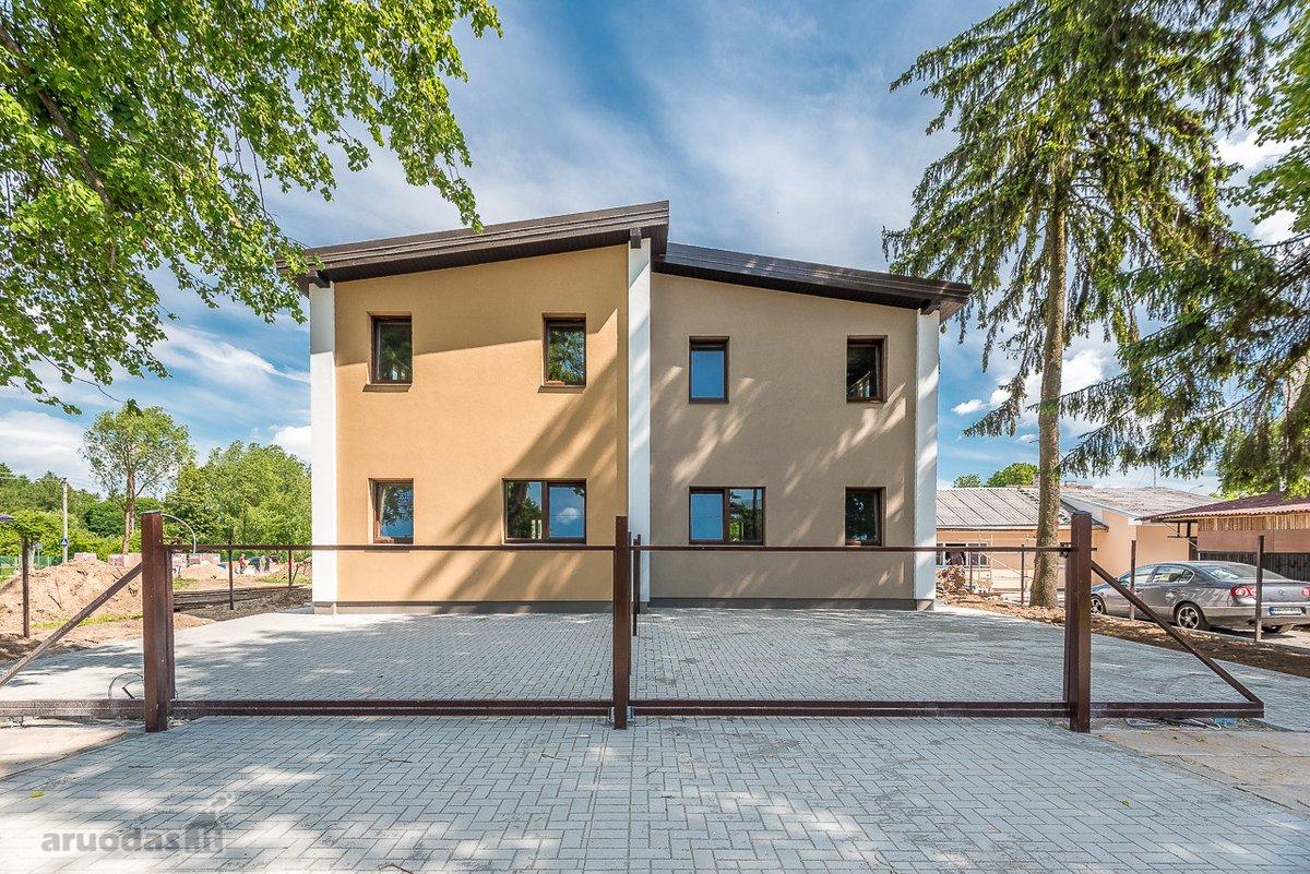 Vilnius, Pavilnys, Grūdų g., mūrinis sublokuotas namas