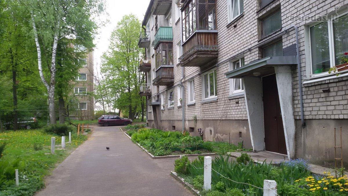 Vilnius, Naujininkai, Dariaus ir Girėno g., 2 kambarių butas