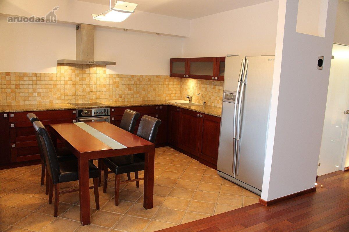 Vilnius, Šnipiškės, Daugėliškio g., 3 kambarių butas
