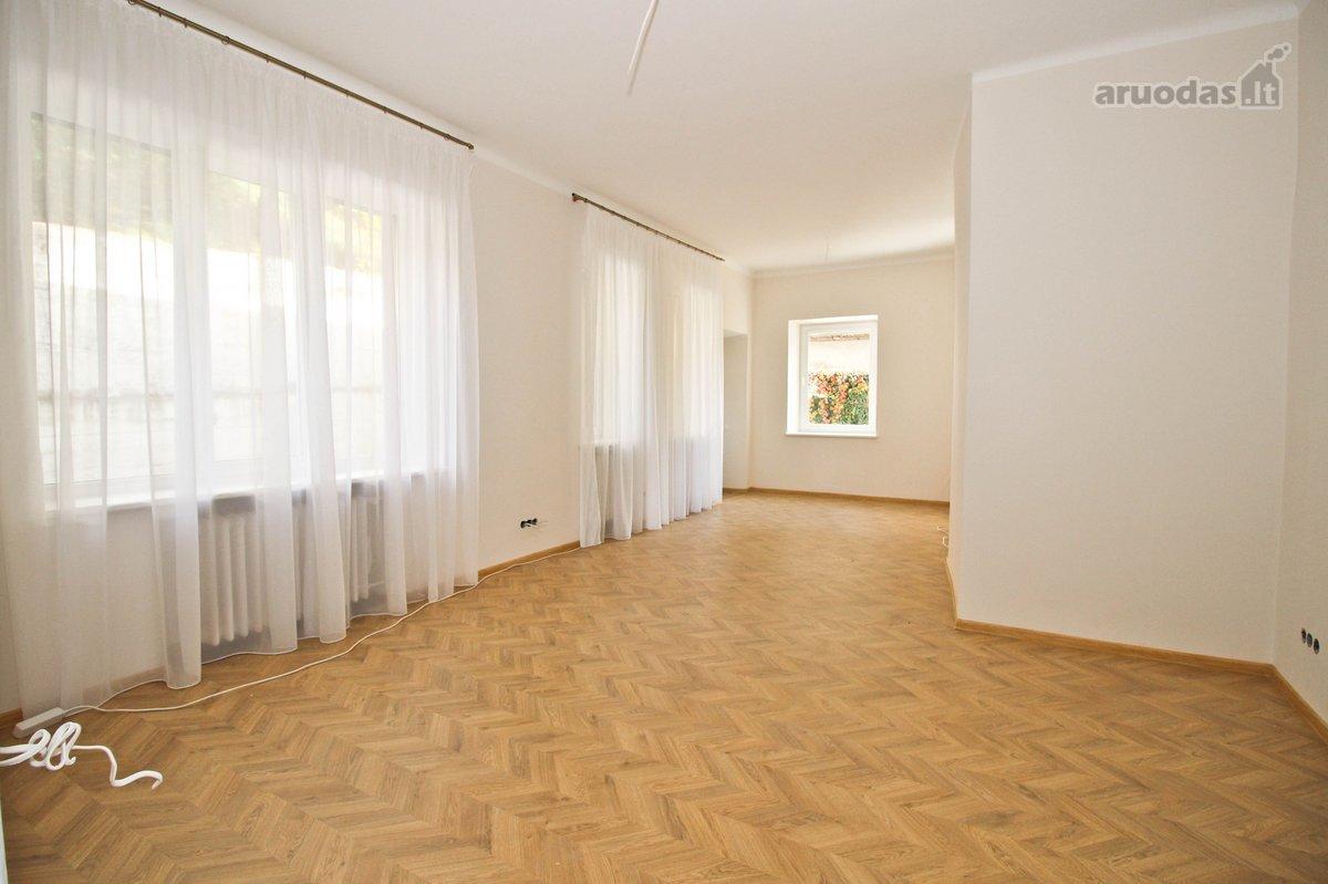 Kaunas, Centras, V. Putvinskio g., 2 kambarių butas