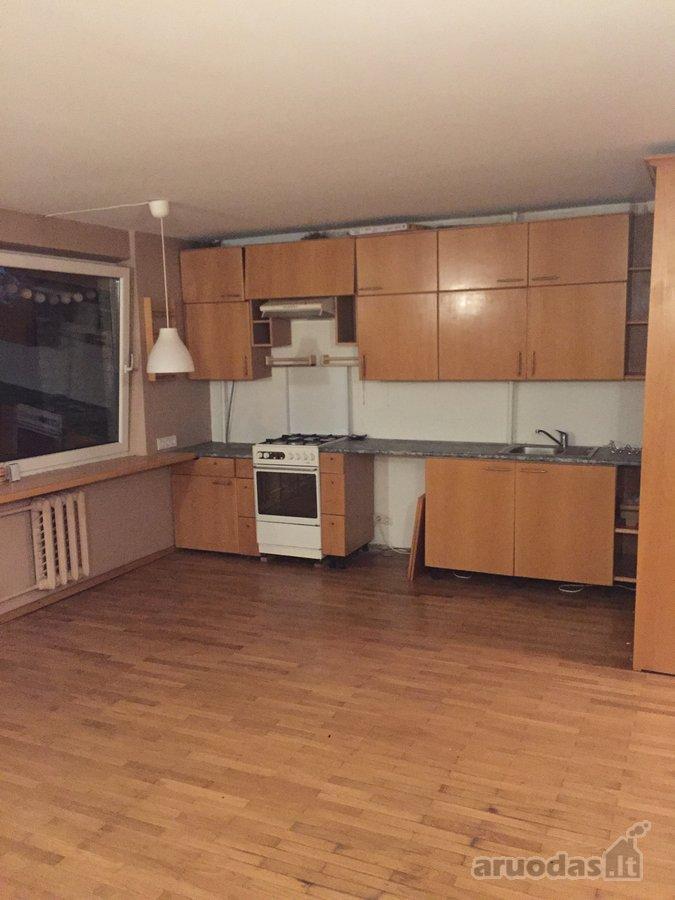 Kauno r. sav., Garliavos m., Gedimino g., 2 kambarių butas