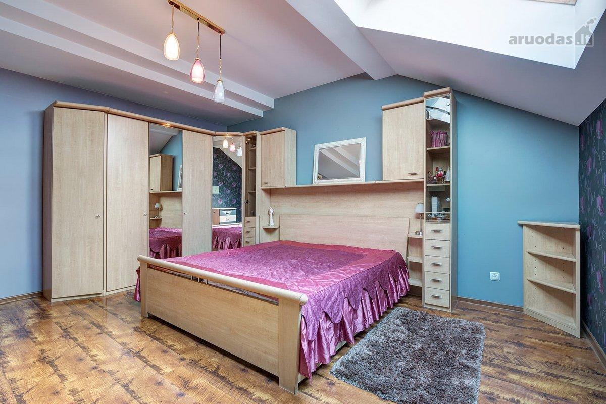 Vilnius, Santariškės, Mykolo Marcinkevičiaus g., 5 kambarių butas