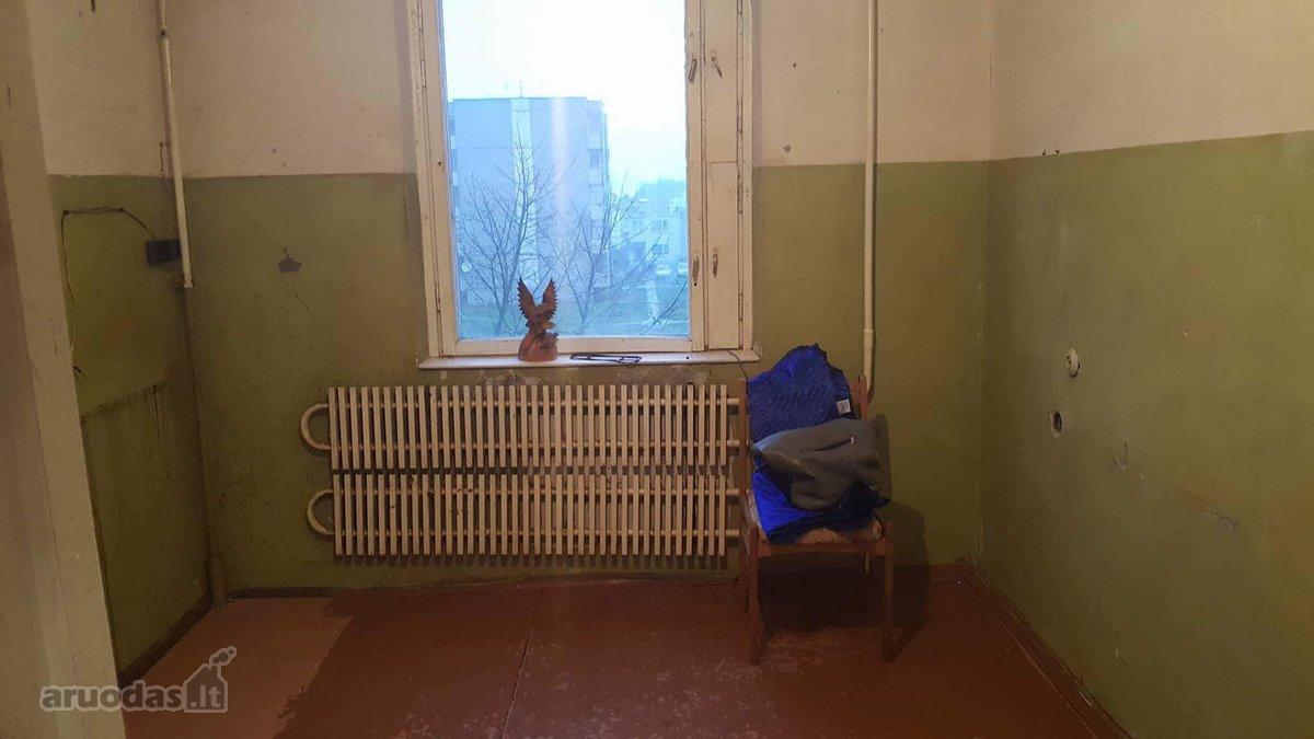 Varėnos r. sav., Matuizų k., Kalno g., 3 kambarių butas