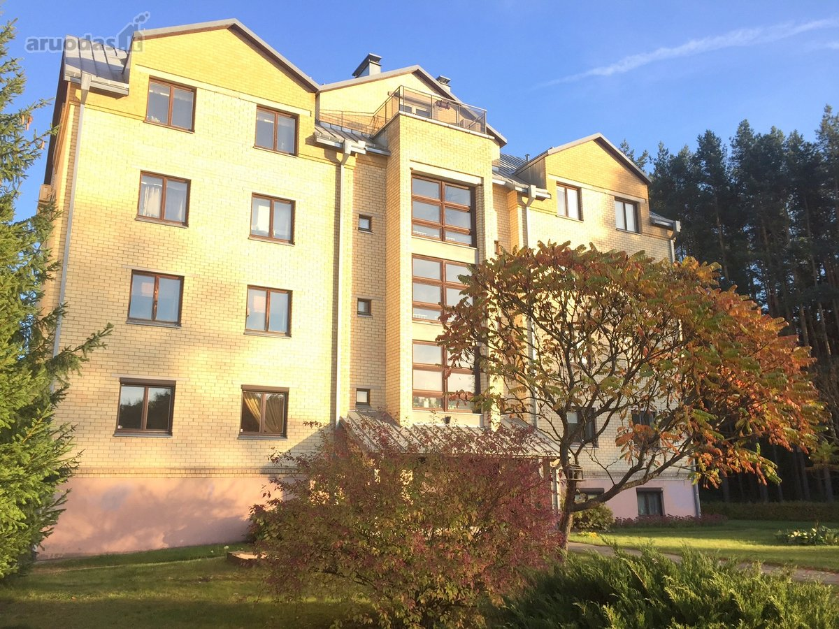 Vilnius, Lazdynėliai, Bukčių g., 4 kambarių butas