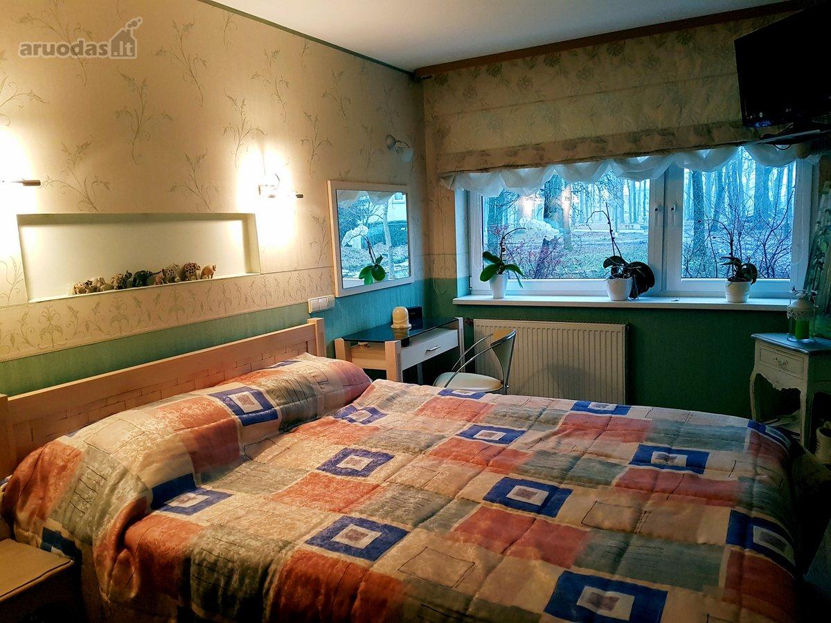 Kretingos m., Savanorių g., 3 kambarių butas