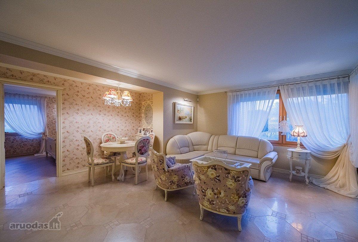 Neringos m., Kopų g., 3 kambarių butas