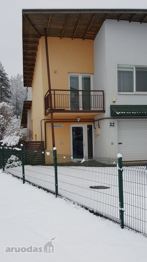 Vilnius, Antakalnis, K. Semenavičiaus g., mūrinis sublokuotas namas nuomai