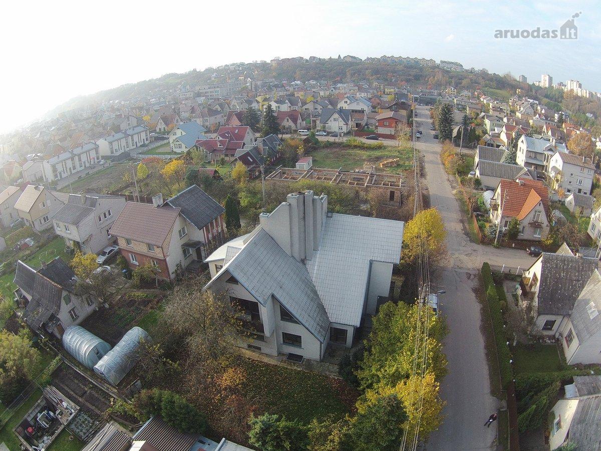Kaunas, Vilijampolė, Neringos g., mūrinis namas nuomai