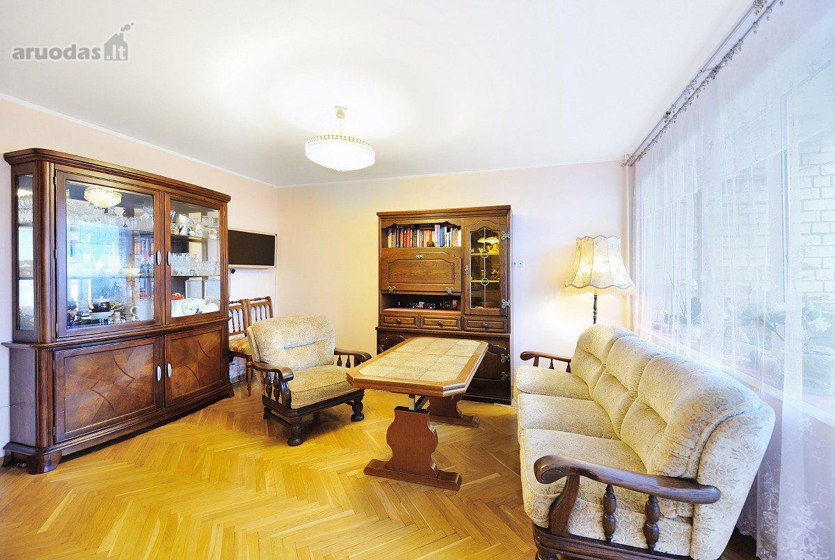 Kaunas, Dainava, Kovo 11-osios g., 4 kambarių butas