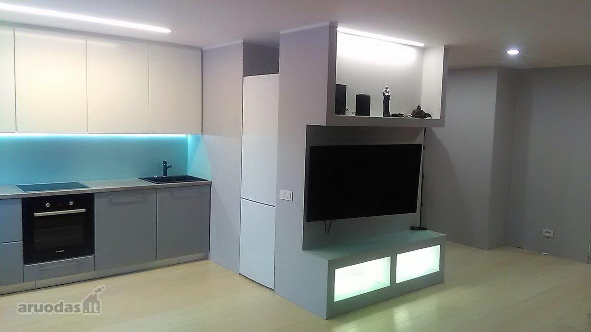 Biržų m., Rotušės g., 2 kambarių butas