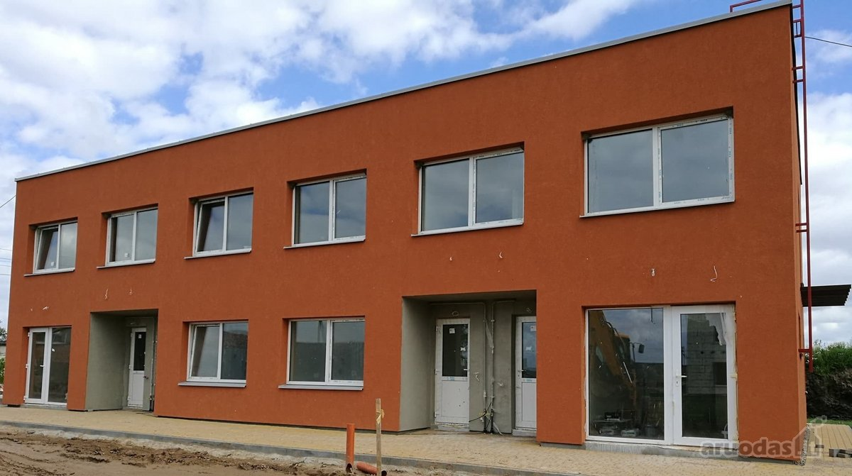 Kauno r. sav., Giraitės k., Sausmedžių g., 4 kambarių butas