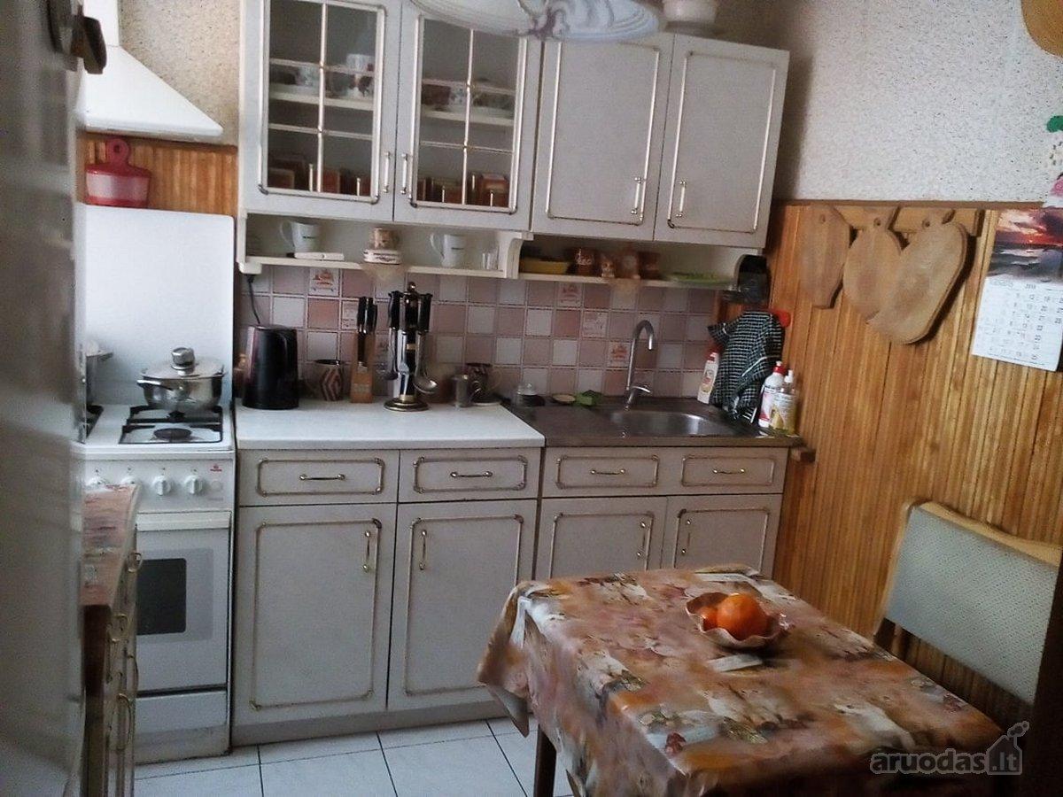 Radviliškio r. sav., Baisogalos mstl., Grinkiškio g., 3 kambarių butas