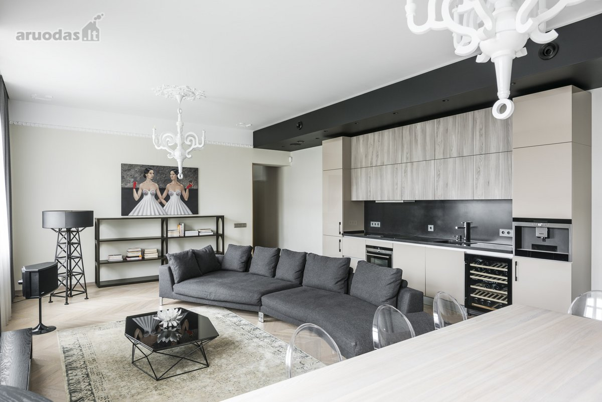Kaunas, Centras, Laisvės al., 3 kambarių butas