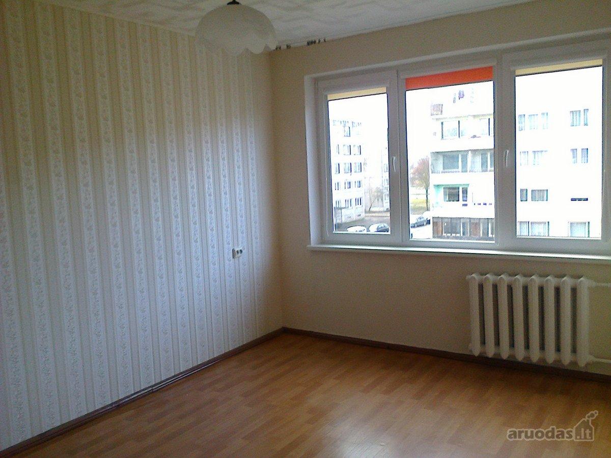 Akmenės r. sav., Naujosios Akmenės m., Respublikos g., 2 kambarių butas