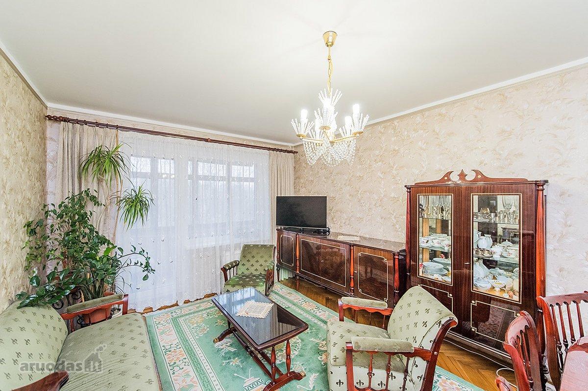 Kaunas, Kalniečiai, P. Plechavičiaus g., 4 kambarių butas