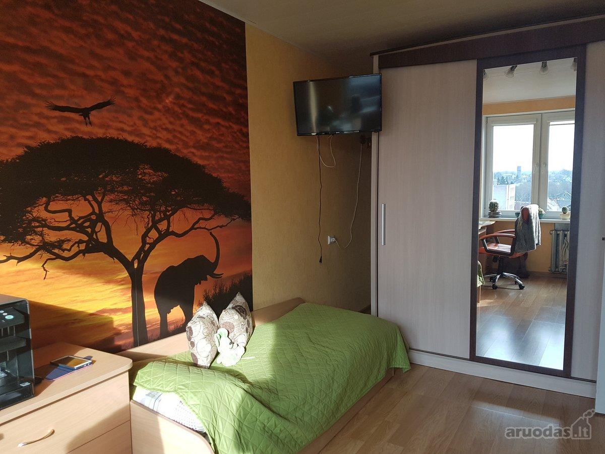 Kretingos m., Laisvės g., 3 kambarių butas