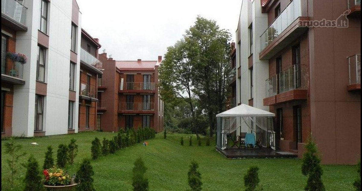 Kauno r. sav., Noreikiškių k., Stirnų g., 3 kambarių butas