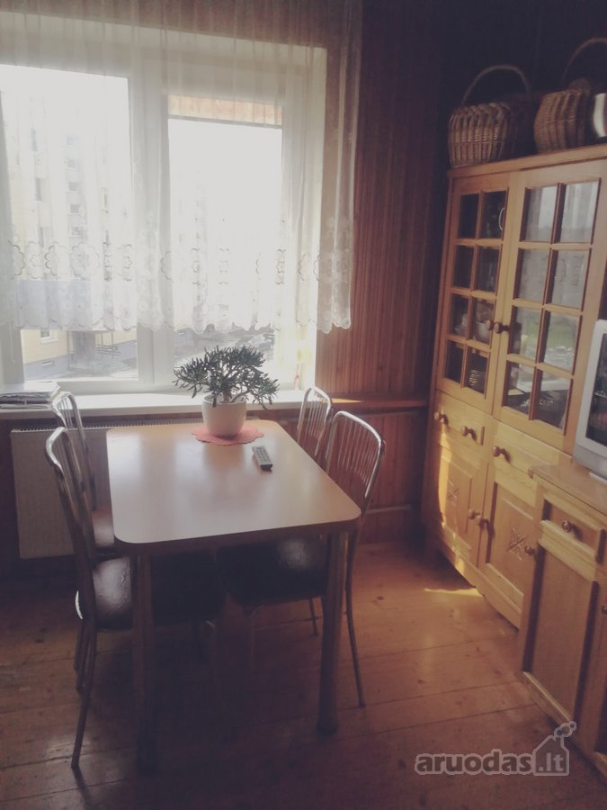 Plungės m., A. Jucio skg., 3 kambarių butas