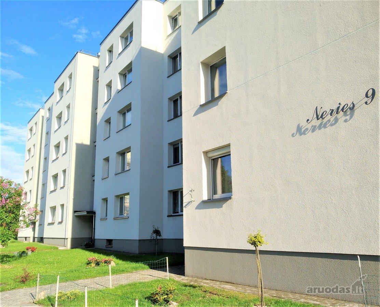 Kauno r. sav., Domeikavos k., Neries g., 4 kambarių butas