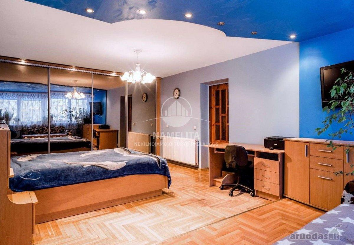 Klaipėda, Baltija, Baltijos pr., 4 kambarių butas