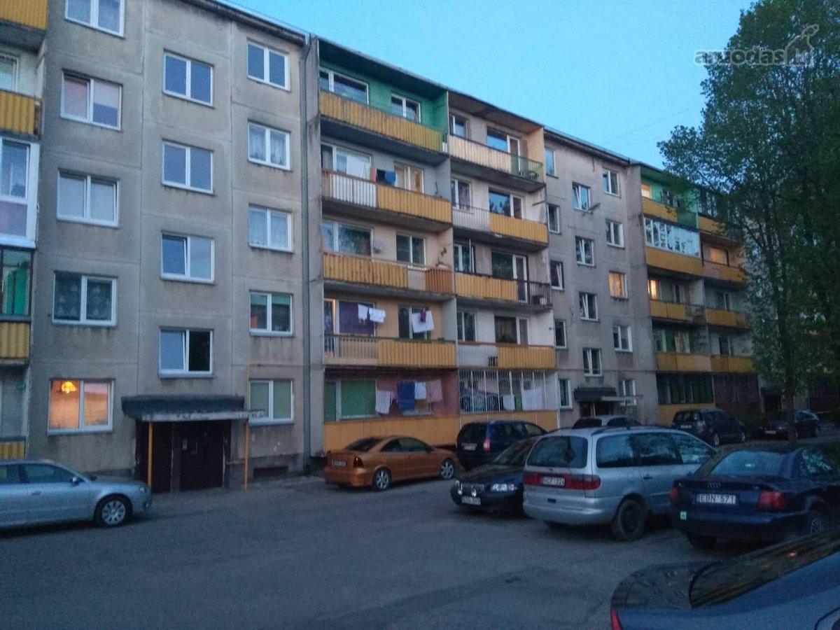 Kėdainių m., Žemaitės g., 2 kambarių butas