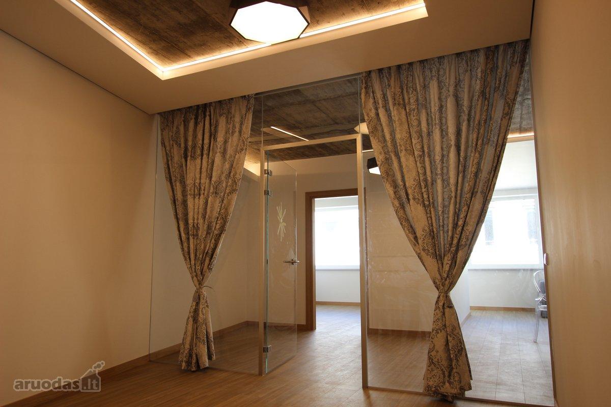 Kaunas, Senamiestis, Nemuno g., 3 kambarių butas