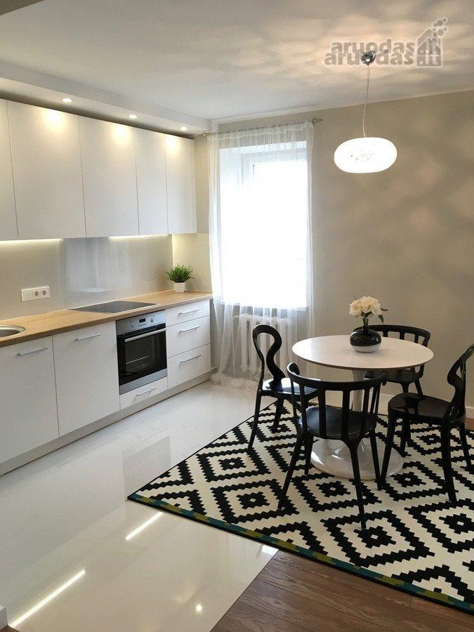Vilnius, Užupis, Varpų g., 3 kambarių butas