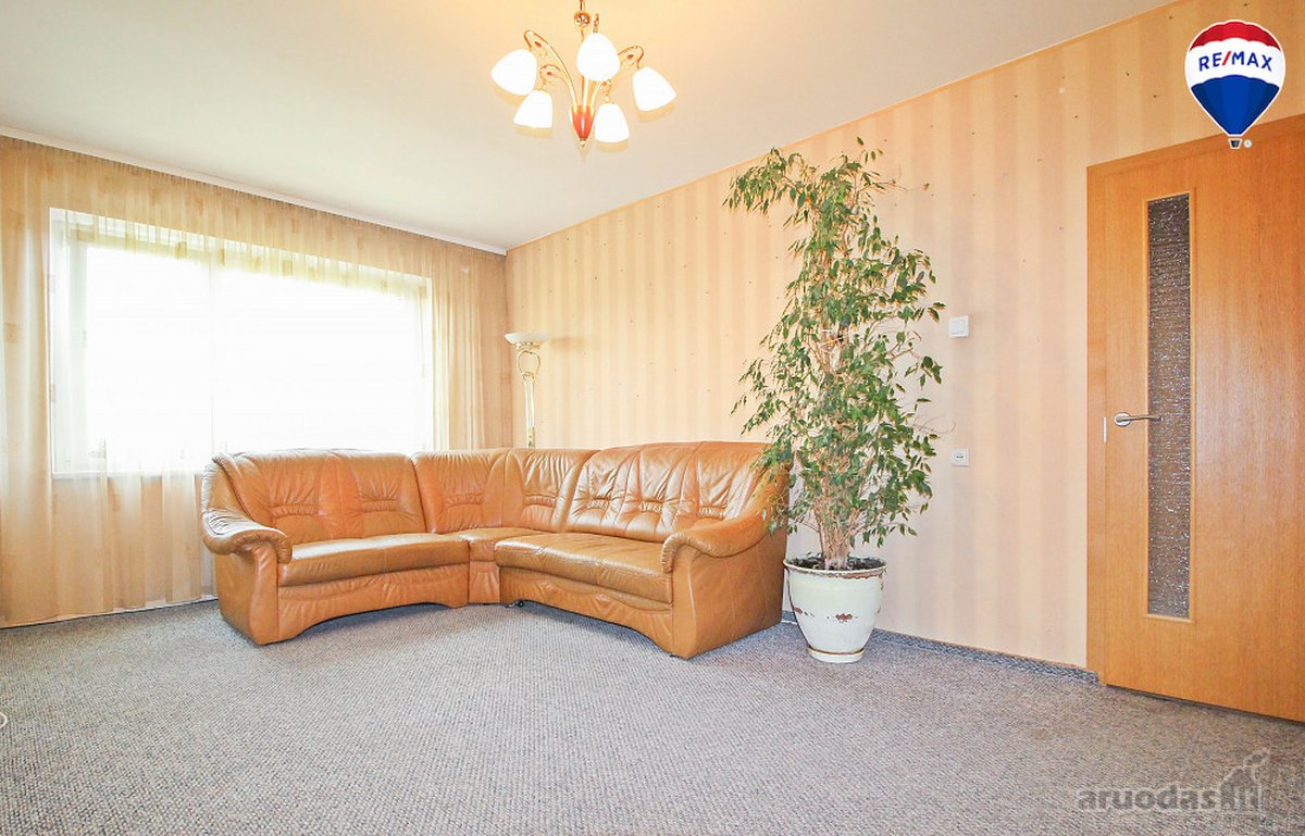 Vilnius, Fabijoniškės, L. Giros g., 3 kambarių butas
