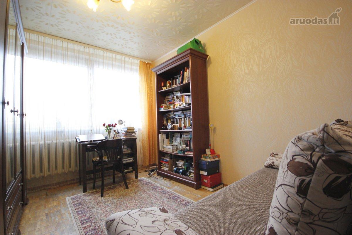 Vilnius, Žirmūnai, Kareivių g., 2 kambarių butas