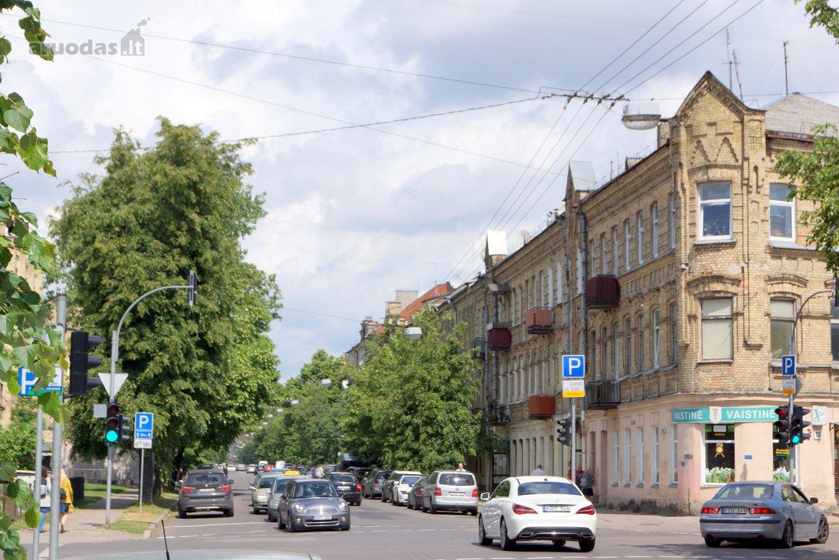 Vilnius, Naujamiestis, Algirdo g., 4 kambarių butas